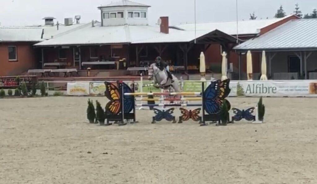 Sukcesy jeździeckie Kornelii Smury - Osiedle Rozalin